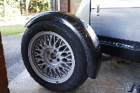 <p>Fits is not bad but the carbon wings are not quite as wide as the originals so it gets very close to the tyre.</p>